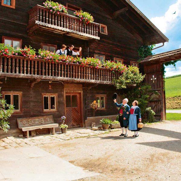 Altes-Bauernhaus