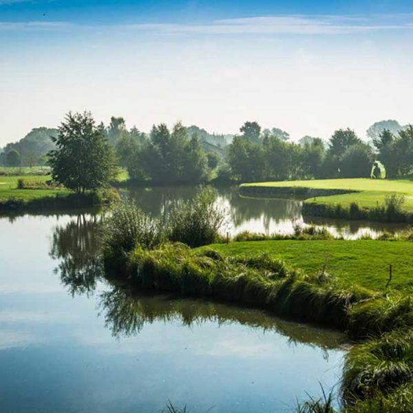 Audi-Golf-Course-Wasserlauf