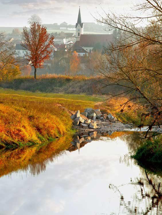 Bayerbach-Rott-im-Herbst
