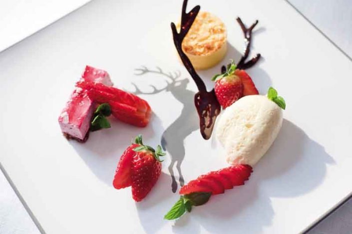 Dessert-mit-Erdbeeren