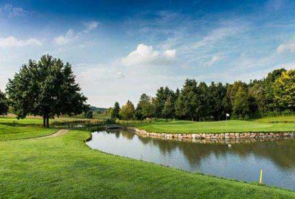 Golfplatz-St-Wolfgang-Uttlau-Wasserlauf