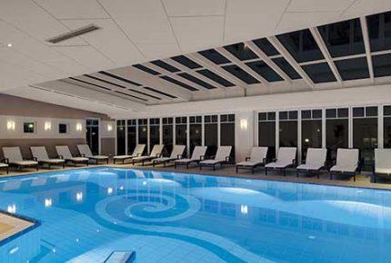 Pool-mit-Licht