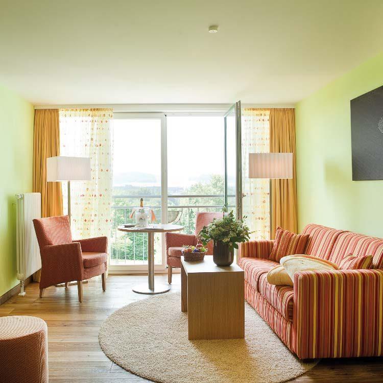 Sonnenschein-Suite-Wohnbereich