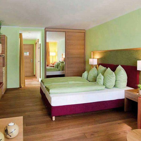 Zimmer-im-Hotel-Sonnengut