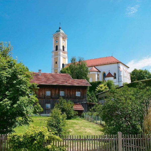 pfarrkirche-bad-birnbach-wellnesshotel-sonnengut-bayern
